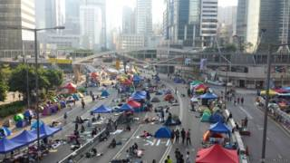 """香港""""占中""""示威者(BBC中文网照片,11/10/2014)"""