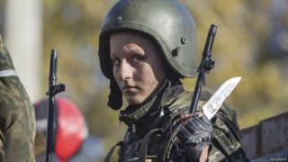 Женщина, воюющая на стороне сепаратистов