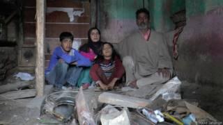 ग़ुलाम मोहम्मद का परिवार, कश्मीर