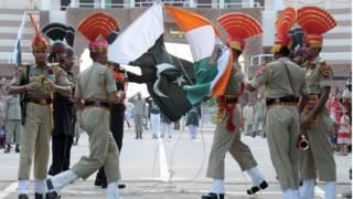 भारत और पाकिस्तान की वाघा सीमा
