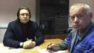 Владимир Мартыненко (на фото справа)