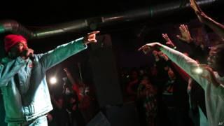 Show de hip hop em St. Louis, EUA, dia 12 de outubro de 2014 | Foto: AP