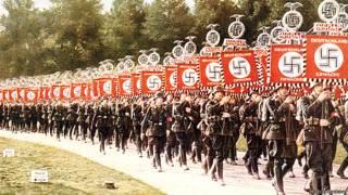 Нацистские войска со свастикой