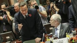 Дэвид Кэмерон на заседании в Брюсселе