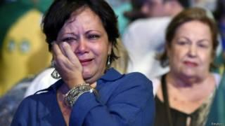 Eleitores chorando / Crédito: Aécio