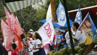 Simpatizantes de PT e PSDB no Rio, em 2 de outubro (Reuters)