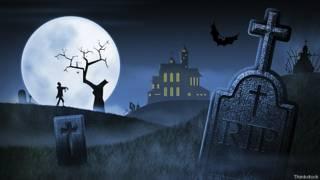 Страшное кладбище ночью