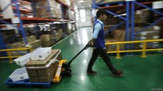 阿里巴巴位於浙江杭州市郊的貨艙(30/10/2014)