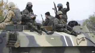نیروهای اوکراینی در شهر ماریوپول در روز ۴ نوامبر