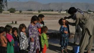 تطعيم ضد شلل الأطفال