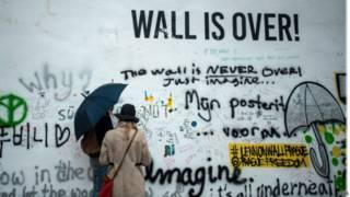 Dinding Lennon di Praha