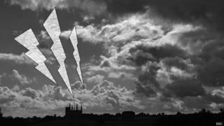 Prentended thunderbolt in sky