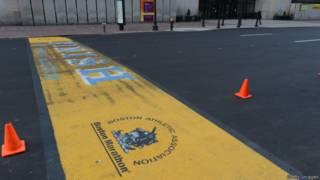 Финишная линии Бостонского марафона