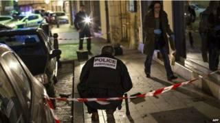 फ्रांसीसी ड्राइवर की पैदलयात्रियों पर हमला