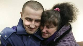 ukraine_woman_son_prisoner_