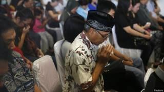 Родственники пассажиров Airasia