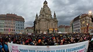 Марш против расизма и ксенофобии в Дрездене