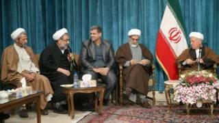 Rafsancani diğer reformcu din adamlarıyla