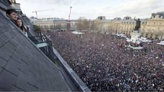 Марш протеста в Париже