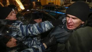 Акция протеста в поддержку братьев Навальных