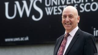 西蘇格蘭大學校長克雷格·馬奧尼教授
