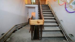 Школьная лестница