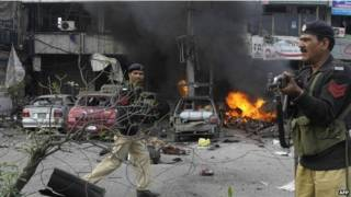 ataque suicida Pakistán