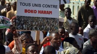 La campaña electoral estuvo marcada por los ataques de Boko Haram. En la foto, una manifestación contra el grupo islamista celebrada el martes en Niamey.