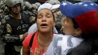 Detenida en protestas en Venezuela