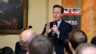 英国首相卡梅伦在唐宁街10号首相府举办2015羊年新春招待会。