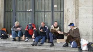 Grupo sin techo en el Vaticano