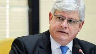 Na Suíça, Janot recupera US$ 70 milhões da Lava Jato e diz que MP tem de ter 'couro grosso'