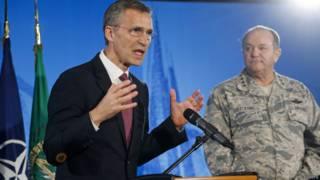 El secretario general de la OTAN, Jens Stoltenberg, pide a Rusia qque respete los acuerdos de Ucrania.
