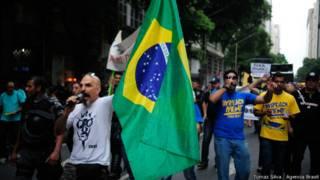#SalaSocial Impeachment e críticas de oportunismo dividem líderes de protestos