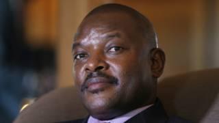 Prezida Nkurunziza asaba abamwiyamiriza kwisunga amategeko