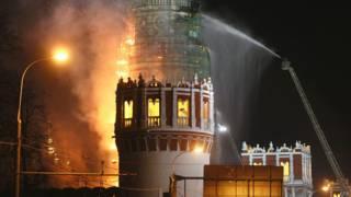 Пожар в колокольне Новодевичьего монастыря