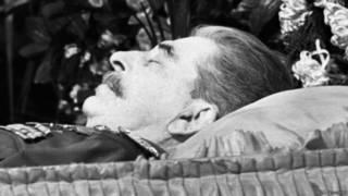Иосиф Сталин в гробу (март 1953 г.)