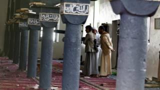 哈沙胡什清真寺也遭到了兩名自殺炸彈攻擊者的襲擊