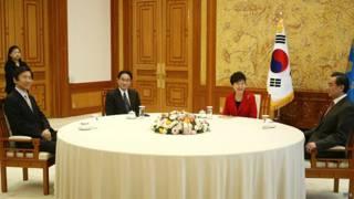 Quan hệ TQ, Hàn Quốc và Nhật Bản