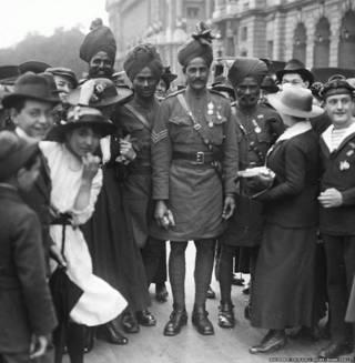 प्रथम विश्व युद्ध में ब्रिटेन की तरफ से भाग लेने वाले भारतीय सैनिक.