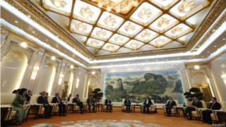 去年底,中國牽頭正式在北京成立亞投行,法定資本1000億美元,以刺激亞洲運輸、能源、電信等領域的投資。