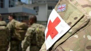 英軍醫務人員