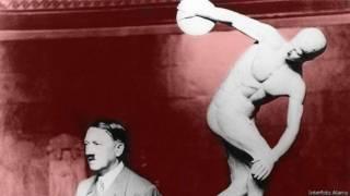 """Гитлер на фоне копии """"Дискобола"""""""