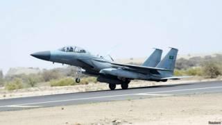 Военный самолет международной коалиции