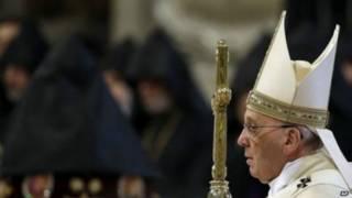Papa Francis avuga ko guhakana ko ubwicanyi bw'abanye Armenia ari jenoside, ari nko kunanirwa kuvura inguma