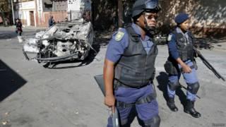 Полицейские на улицах Йоханнесбурга