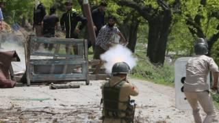 कश्मीर में प्रदर्शन