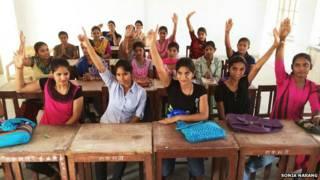 गर्ल्स कॉलेज की छात्राएं, जैसलमेर