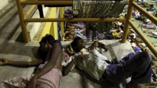 Мигранты-рохинджа, спасенные у берегов провинции Ачех, Индонезия
