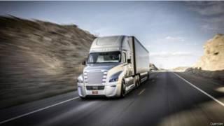 英國將測試高速公路無人駕駛卡車